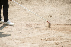 Песок вешалки игрока в гольф на поле для гольфа, Таиланде Стоковое фото RF