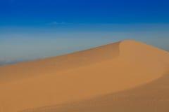 песок высокого ряда дюны динамически Стоковые Изображения