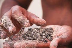 Песок в руке Стоковое Изображение RF