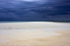 Песок в nosy iranja Мадагаскаре стоковые фотографии rf