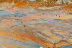 Песок глины грязи обстреливает воду после дождя Стоковая Фотография
