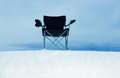 песок дюны стула пляжа Стоковая Фотография RF