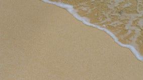 Песок и gentle волна в правом верхнем угле Стоковые Фото