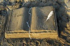 песок книги Стоковое Изображение
