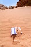песок красного цвета офиса тетради десерта Стоковые Фото