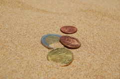 песок монеток Стоковая Фотография