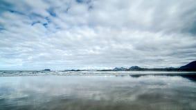 Песок, море, и небо Стоковая Фотография RF