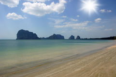 Песок, море и небо Стоковое Изображение