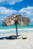 песок парасоля пляжа тропический Стоковое Изображение