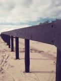 песок России kurshskaya kosa горизонта дюн шагает протягивающ к стоковое изображение