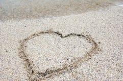 песок сердца пляжа Стоковые Фотографии RF