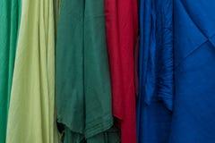 Пестротканая ткань для продажи на рынке Стоковое Изображение