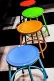 Пестротканые барные стулы Стоковая Фотография RF