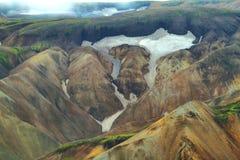 Пестротканые горы на Landmannalaugar, стоковое изображение