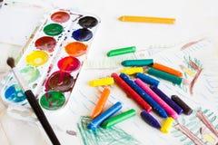 Пестротканые карандаши воска стоковое фото rf