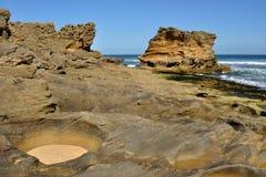 песчаник береговой породы стоковая фотография rf