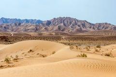 Песчанная дюна в иранской пустыне Dasht-e Kavir Стоковые Изображения
