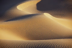 Песчанные дюны пустыни Сахары. Стоковая Фотография