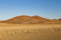 Песчанные дюны в Sossusvlei, Намибии Стоковые Фотографии RF