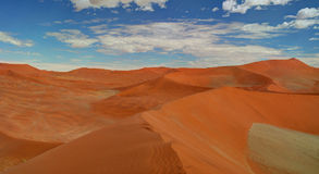 Песчанные дюны около Swakopmund стоковое фото