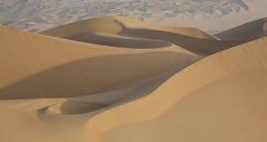 Песчанные дюны пустой квартальной пустыни Стоковое Фото