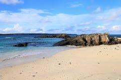 Песчаный пляж большого залива Дарвина, острова Genovesa, Галапагос Стоковая Фотография RF