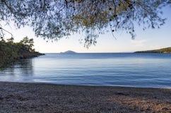 Песчаный пляж в Sithonia, Chalkidiki, Греции Стоковое Фото
