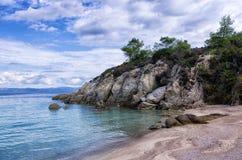 Песчаный пляж в Sithonia, Chalkidiki, Греции Стоковые Фотографии RF