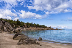 Песчаный пляж в Sithonia, Chalkidiki, Греции Стоковое фото RF