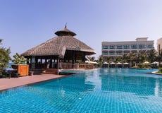 Песчаный пляж Ne Mui белый, роскошный курорт с бассейном, Вьетнамом ashurbanipal Стоковые Изображения