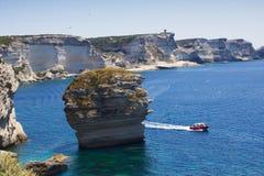 Песчинка на береговой линии, Bonifacio, Корсике, Франции стоковые фото