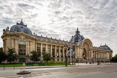 Петит музей Palais изящных искусств в бульваре Уинстоне Черчилле, Париже стоковое фото