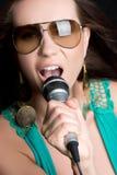 петь девушки Стоковые Изображения RF