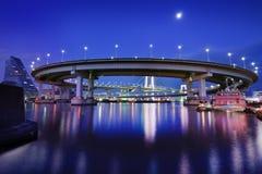 Петля моста радуги токио Стоковая Фотография