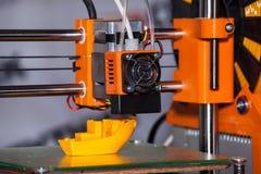 печатание принтера 3d стоковое фото rf