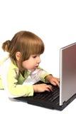 печатать на машинке сообщения ребенка стоковые изображения