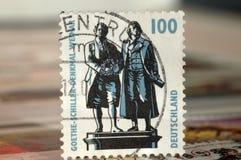 Печать Германии 1997 Вариант на известных людях, памятнике Goethe-Schiller в Веймаре стоковое фото