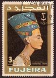 Печать напечатанная Fujeira, показывает главное staue египетского ферзя Nefertiti стоковая фотография rf