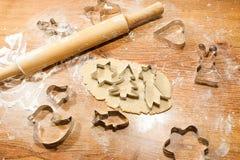 Печенье имбиря, резцы печенья, завальцовк-штырь Стоковое Изображение RF