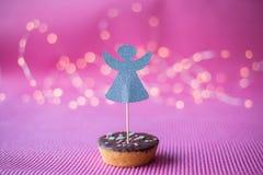 Печенье рождества с экстраклассом deco на розовой предпосылке Стоковые Фото