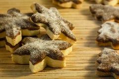 Печенье рождества на деревянной предпосылке Стоковые Изображения