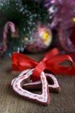 Печенье gingerbread шоколада рождества формы сердца Стоковое Фото
