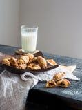Печенья бейгл сыра от короткого печенья свертывают, доят, десерт Стоковые Фото