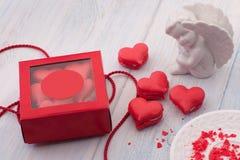 Печенья в форме сердец на день ` s валентинки Стоковое Фото