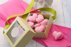 Печенья в форме сердец на день ` s валентинки Стоковая Фотография RF
