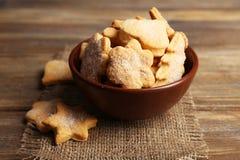 Печенья в шаре на коричневой деревянной предпосылке Стоковая Фотография RF