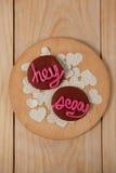 Печенья заморозили с розовым показом сливк hey сексуальным Стоковое Фото