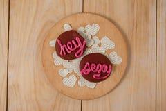 Печенья заморозили с розовым показом сливк hey сексуальным Стоковая Фотография RF