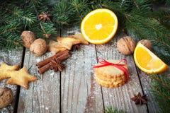 Печенья имбиря на таблице рождества Стоковое Изображение RF