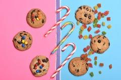 Печенья и конфеты обломока шоколада Стоковые Изображения
